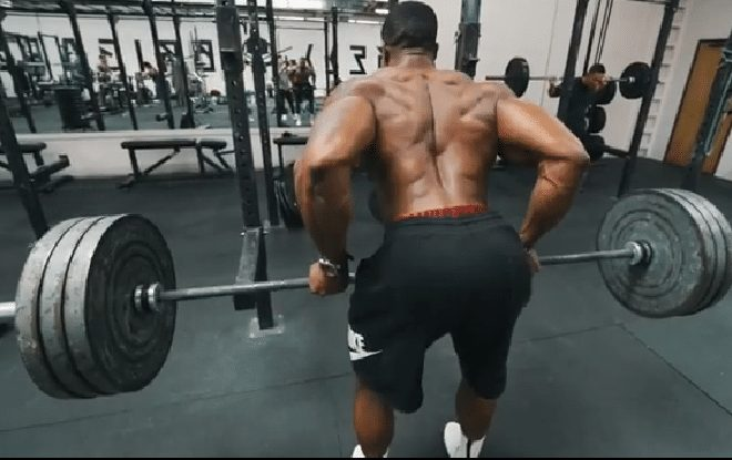 Bending the Back During Lifting Exercises