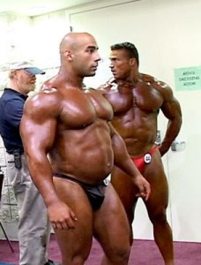 bulging-bodybuilder-228x300