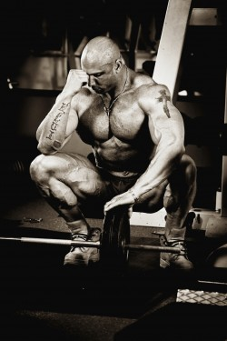 overtrained bodybuilder -whatsteroids.com jpg