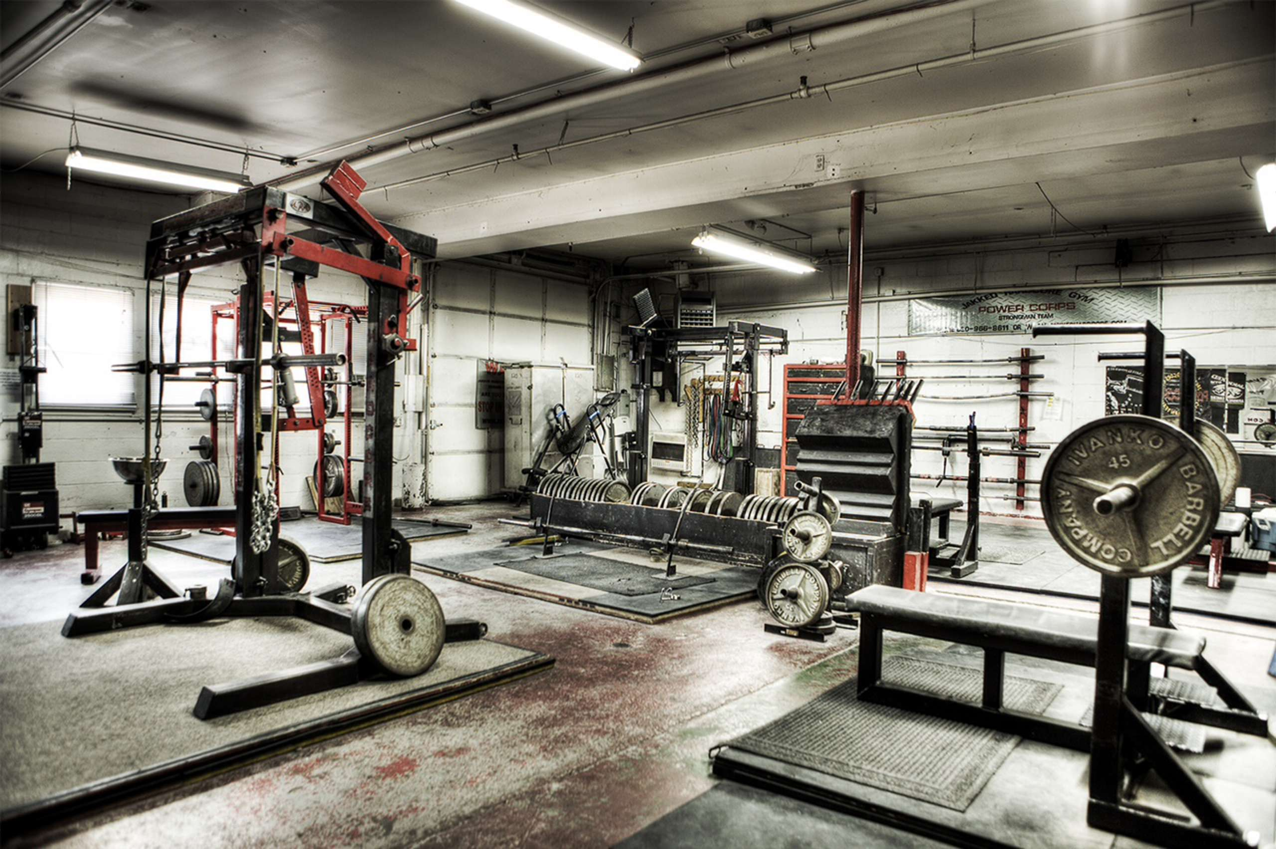 Choosing the Right Powerlifting Gym - What Steroids
